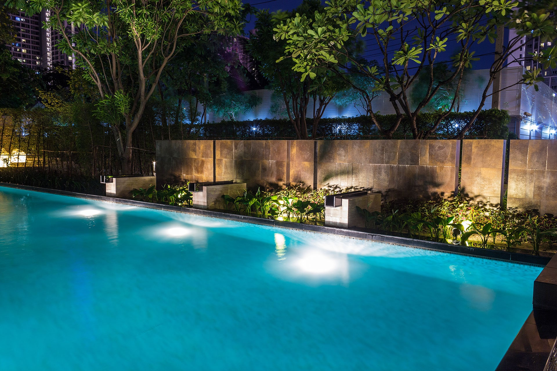 pool remodeling company Dallas-Fort Worth